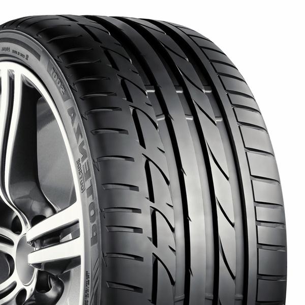 Bridgestone Potenza S001 245/45R17 99Y
