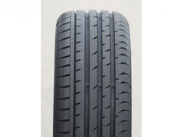 Continental ContiSportContact 3 245/45R19 98W (run-flat)