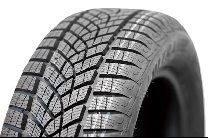 Goodyear UltraGrip Performance SUV Gen-1 235/55R18 104H