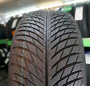 Michelin Pilot Alpin 5 255/40R20 101W