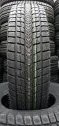 Roadstone Winguard Ice Plus 245/45R17 99T
