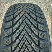 Pirelli Cinturato Winter 215/50R17 95H