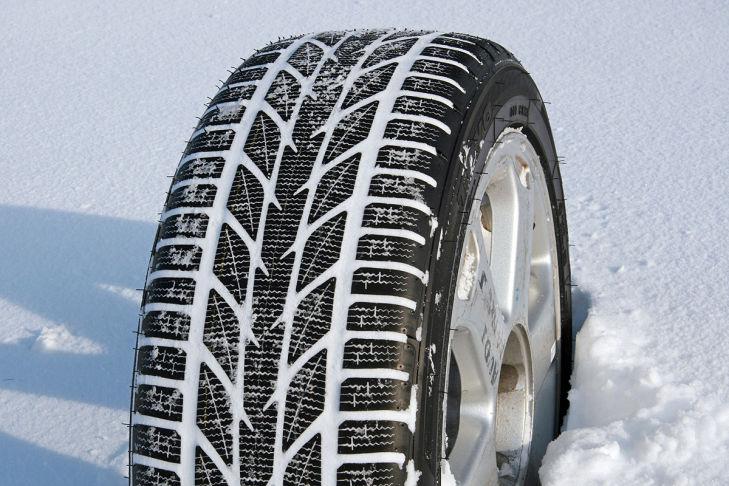 Toyo Snowprox S953 235/55R17 103V